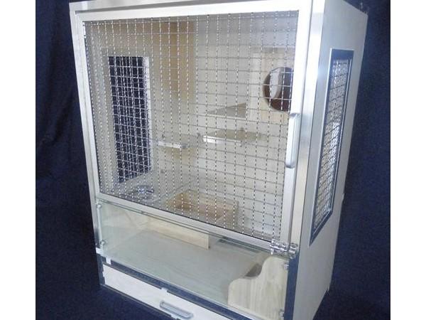 一种电力驱动对开柜门打开后可收藏至柜体侧面的柜子的制作方法