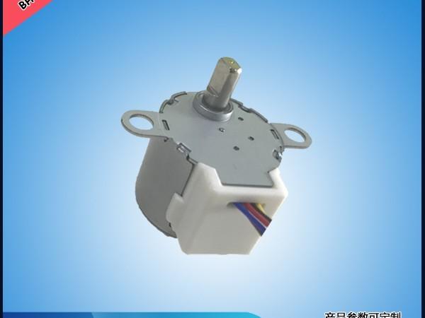 区分玩具电机种类的方法